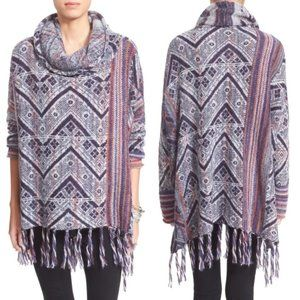 Free People   Be the One Fringe Poncho Sweater   S